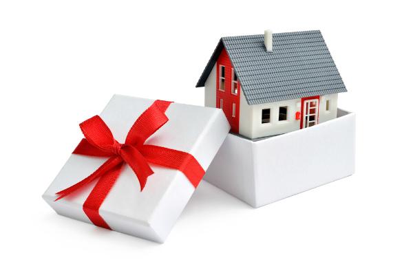 Фото - Как можно оспорить дарственную на квартиру после смерти дарителя и завещателя